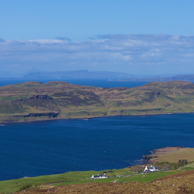 Mull cottages sea views blue