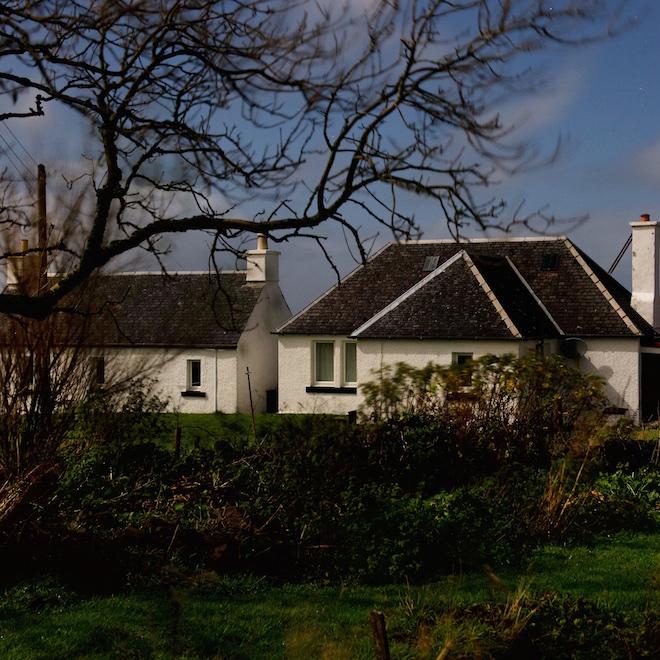 mull-treshnish-cottages-supermoon