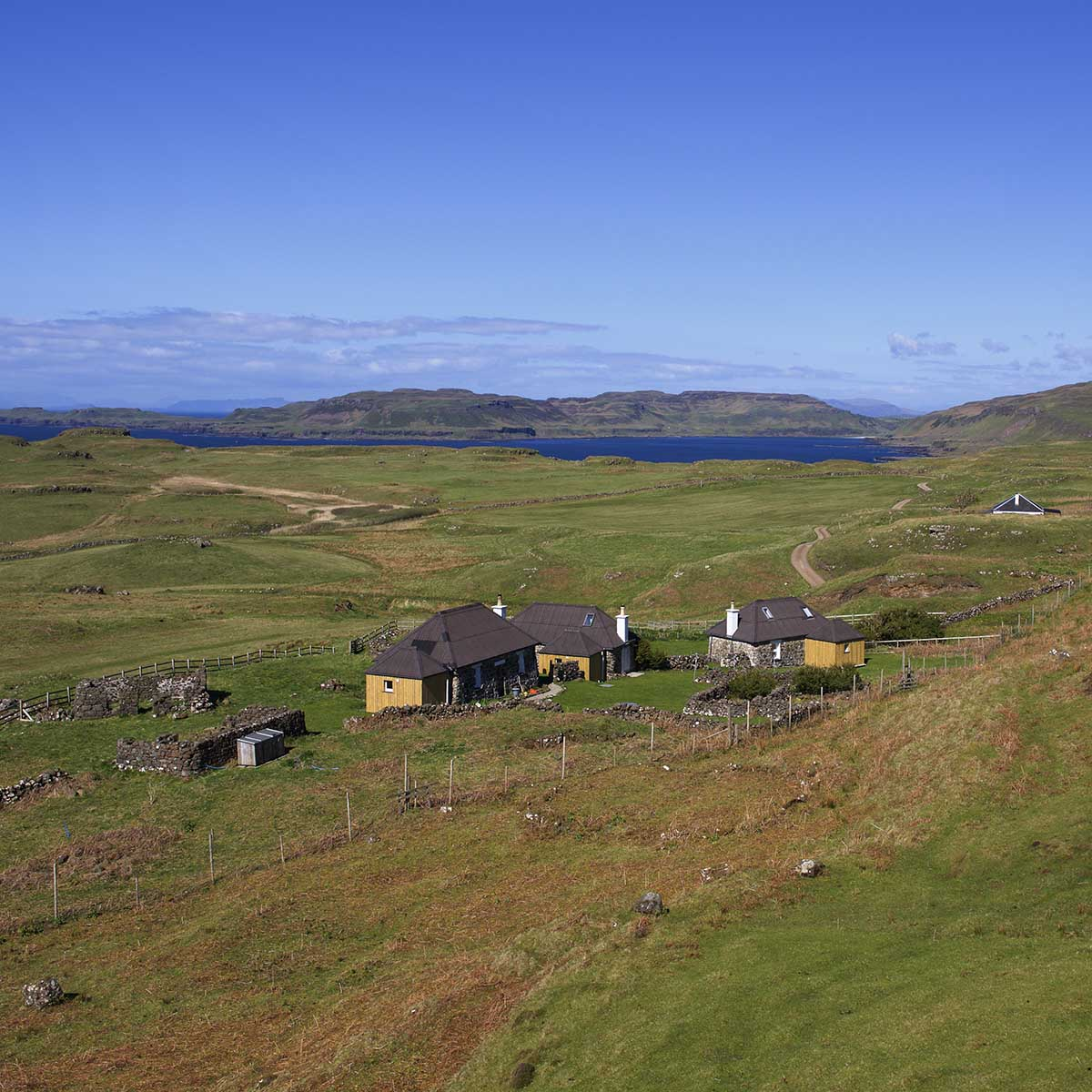 Treshnish, Mull, self-catering cottage, Haunn with view of Calgary Bay