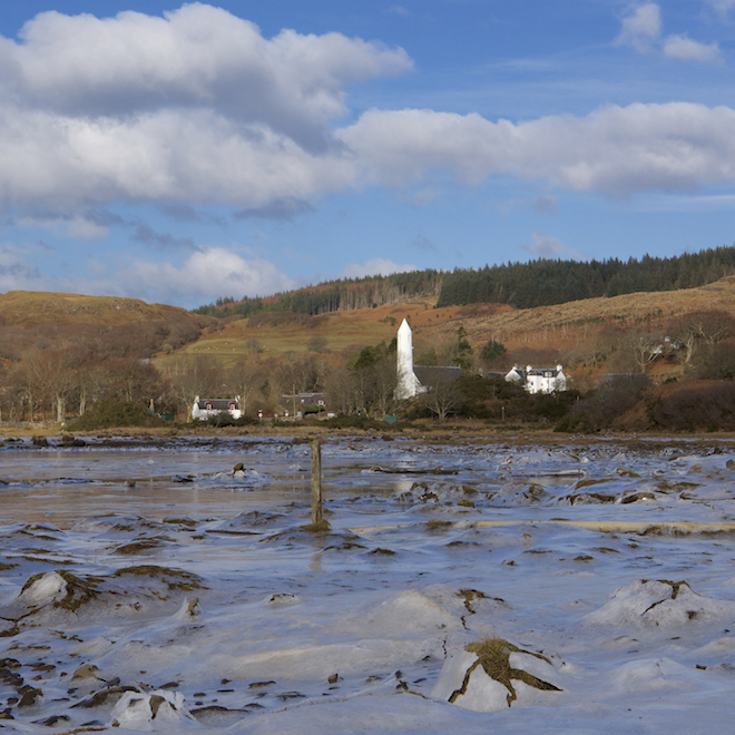 sea-watching on mull treshnish cottages Loch Cuin ice