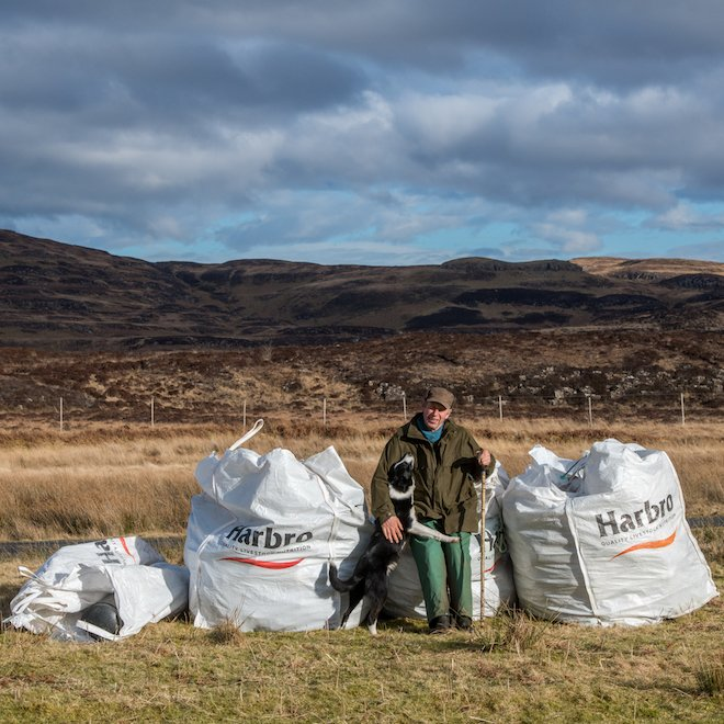 beach cleaning on mull Treshnish cottages